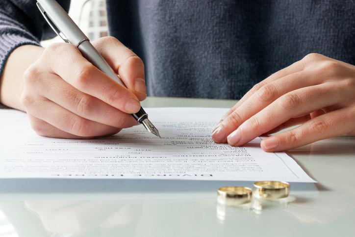 Top Three Mistakes to Avoid When Getting a Divorce
